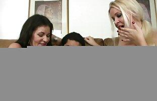 Kliknięcie na darmowe filmy porno ostre ukrytej kamery, jej cycki, jej twarz