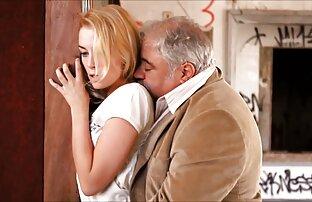 Na balkonie hotelu piękna blondynka ostry sex filmy za darmo
